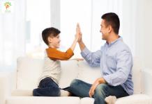bí quyết trở thành đối tác giao tiếp với trẻ